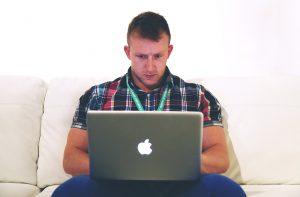 Les dangers d'internet adulte